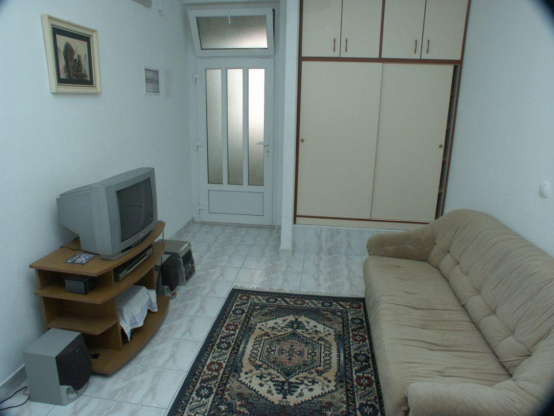 Apartmány s parkoviskom v meste Baška Voda - 301