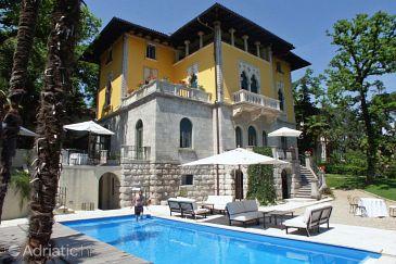 Property Lovran (Opatija) - Accommodation 3019 - Rooms near sea.