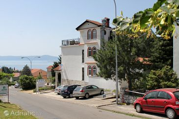 Crikvenica, Crikvenica, Property 3026 - Rooms with pebble beach.