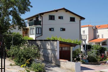 Property Mali Lošinj (Lošinj) - Accommodation 3043 - Apartments and Rooms with pebble beach.