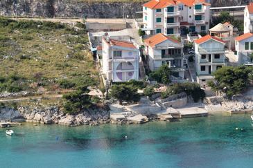 Obiekt Bilo (Primošten) - Zakwaterowanie 3096 - Apartamenty blisko morza.