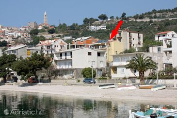 Igrane, Makarska, Property 311 - Apartments blizu mora with pebble beach.