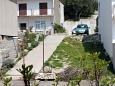 Parking lot Igrane (Makarska) - Accommodation 311 - Apartments near sea with pebble beach.