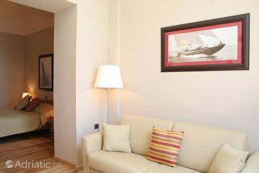 Orebić, Living room u smještaju tipa room.