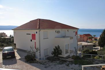 Property Nemira (Omiš) - Accommodation 3191 - Apartments near sea with pebble beach.