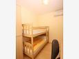 Bedroom 2 - Apartment A-3193-i - Apartments Tučepi (Makarska) - 3193