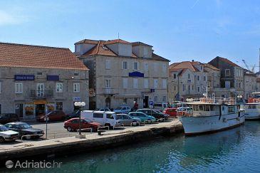 Trogir, Trogir, Property 3201 - Rooms blizu mora with pebble beach.
