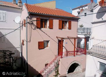Property Omišalj (Krk) - Accommodation 3217 - Vacation Rentals with sandy beach.