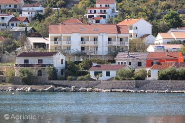 Vinjerac, Zadar, Property 3248 - Apartments and Rooms blizu mora with sandy beach.
