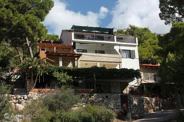 Property Jagodna (Hvar) - Accommodation 3249 - Apartments near sea with pebble beach.