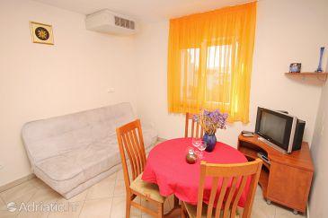 Zadar - Diklo, Dining room u smještaju tipa apartment, dostupna klima.