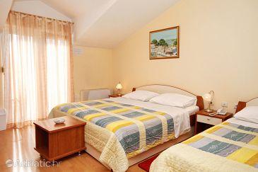 Room S-3269-i - Rooms Kaštel Štafilić (Kaštela) - 3269