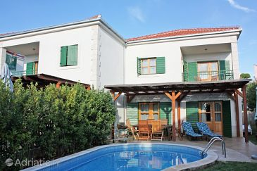 Property Hvar (Hvar) - Accommodation 3271 - Vacation Rentals near sea with pebble beach.