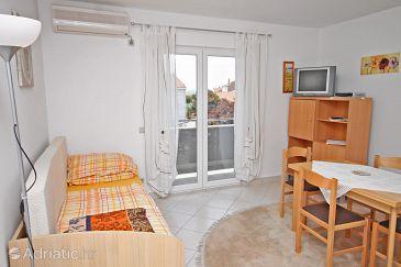 Petrčane, Living room u smještaju tipa apartment, dostupna klima i WIFI.
