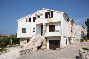 Property Novalja (Pag) - Accommodation 3307 - Apartments near sea.