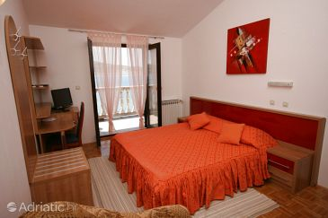 Room S-3322-e - Apartments and Rooms Seline (Paklenica) - 3322