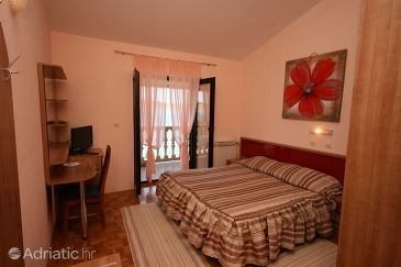 Room S-3322-f - Apartments and Rooms Seline (Paklenica) - 3322