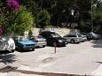 Parking lot Drašnice (Makarska) - Accommodation 3329 - Rooms near sea with pebble beach.