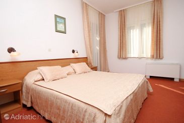 Room S-3333-d - Rooms Starigrad (Paklenica) - 3333