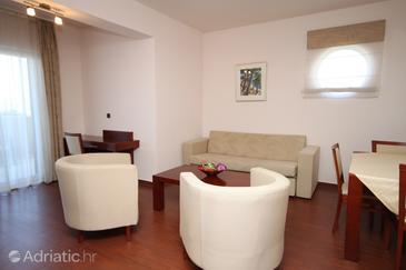 Apartment A-3336-a - Apartments Makarska (Makarska) - 3336