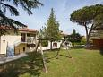 Courtyard Dajla (Novigrad) - Accommodation 3339 - Apartments near sea with pebble beach.