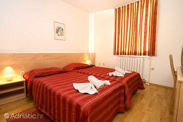 Room S-3352-r - Rooms Novigrad (Novigrad) - 3352