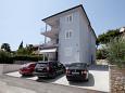 Parking lot Rovinj (Rovinj) - Accommodation 3393 - Apartments with pebble beach.