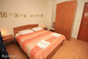 Room S-3419-a - Apartments and Rooms Kaštel Lukšić (Kaštela) - 3419