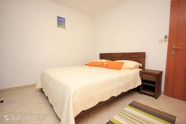 Room S-3420-d - Rooms Kaštel Lukšić (Kaštela) - 3420