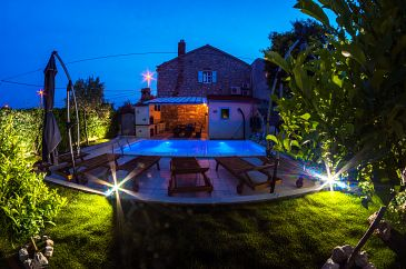 Property Punta križa (Cres) - Accommodation 3488 - Vacation Rentals with rocky beach.