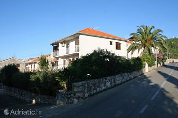 Property Stari Grad (Hvar) - Accommodation 4020 - Apartments with pebble beach.