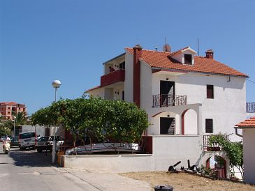Property Hvar (Hvar) - Accommodation 4047 - Apartments with pebble beach.