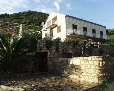 Kozarica, Mljet, Property 406 - Rooms blizu mora with pebble beach.