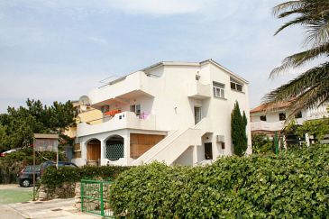 Mandre, Pag, Property 4093 - Apartments blizu mora with pebble beach.