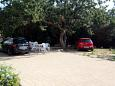 Parking lot Potočnica (Pag) - Accommodation 4096 - Apartments with sandy beach.