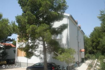 Property Tribunj (Vodice) - Accommodation 4212 - Apartments in Croatia.