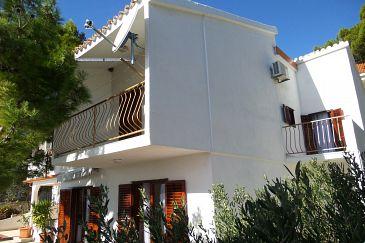 Property Marušići (Omiš) - Accommodation 4282 - Apartments with pebble beach.