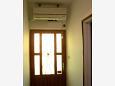 Hallway - Apartment A-4288-a - Apartments Vinišće (Trogir) - 4288