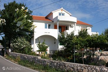 Property Jezera (Murter) - Accommodation 4297 - Apartments with pebble beach.