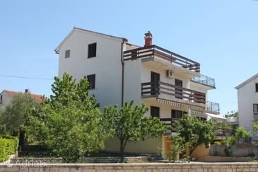 Property Biograd na Moru (Biograd) - Accommodation 4302 - Apartments with pebble beach.