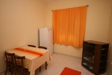 Apartament A-4306-a - Apartamenty Turanj (Biograd) - 4306