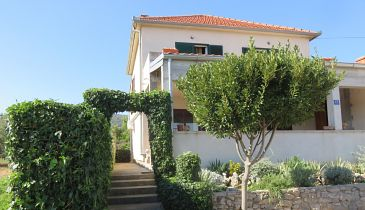 Property Tkon (Pašman) - Accommodation 4307 - Apartments in Croatia.