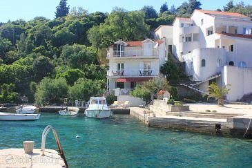 Property Račišće (Korčula) - Accommodation 4338 - Apartments near sea with rocky beach.