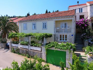 Property Lumbarda (Korčula) - Accommodation 4400 - Apartments with sandy beach.