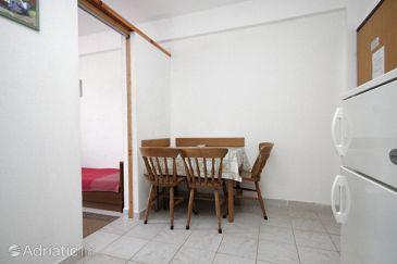 Sali, Dining room u smještaju tipa apartment, WIFI.