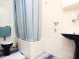 Bathroom - Apartment A-4439-a - Apartments Medvinjak (Korčula) - 4439