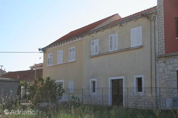 Property Vela Luka (Korčula) - Accommodation 4449 - Apartments near sea with pebble beach.