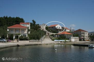 Property Lumbarda (Korčula) - Accommodation 4462 - Apartments near sea.