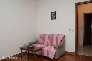 Prižba, Living room u smještaju tipa apartment, dostupna klima i WIFI.