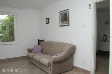 Kučište - Perna, Living room u smještaju tipa house.